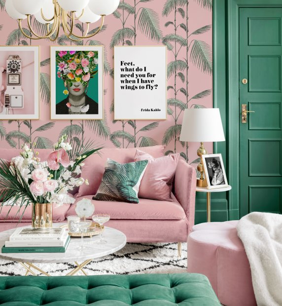 Goede vibes fotowand chinoiserie frida kahlo poster roze en groene woonkamer